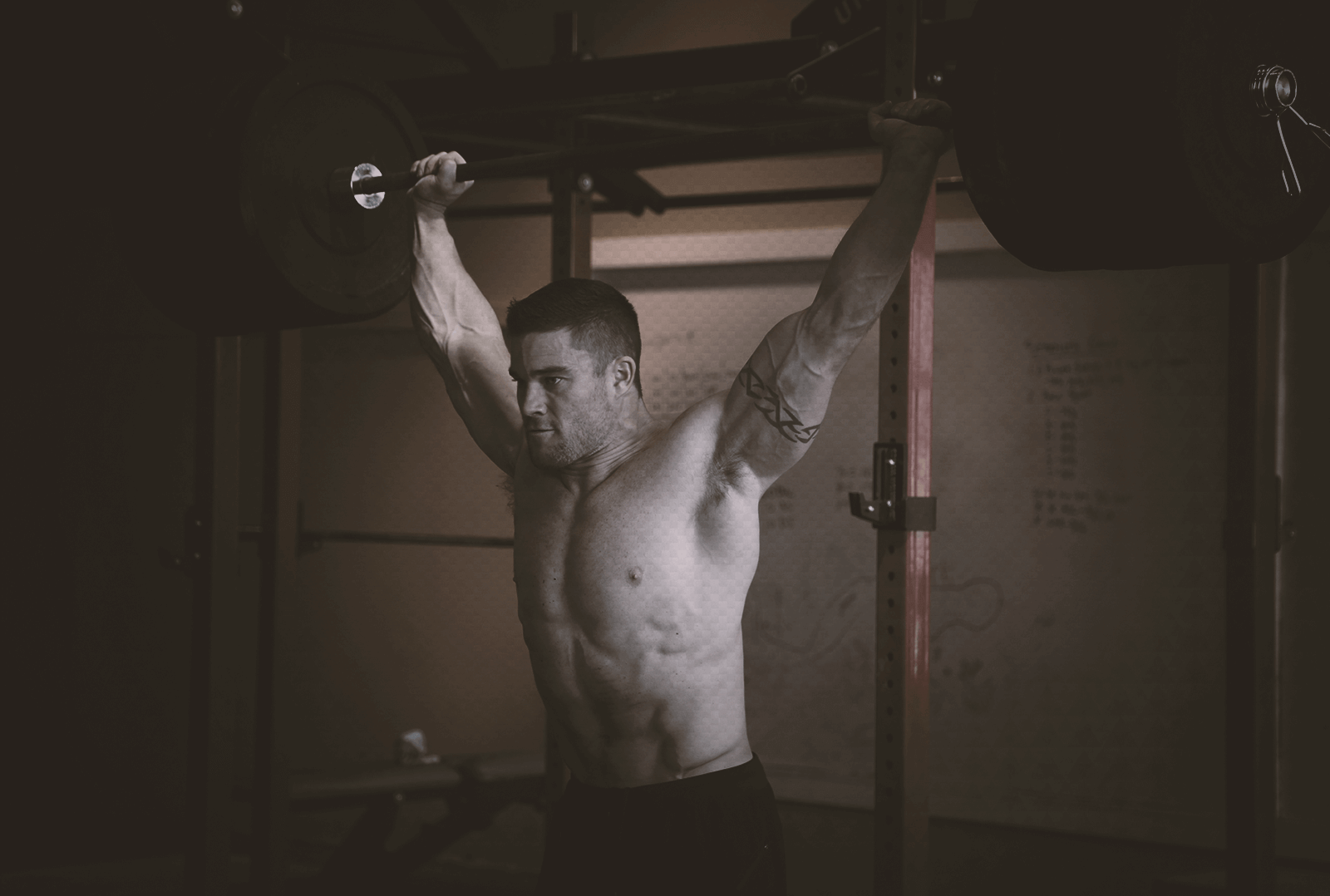 How to get stronger and build lean muscle doing CrossFit